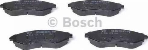 BOSCH 0 986 424 818 - Kit de plaquettes de frein, frein à disque www.widencarpieces.com